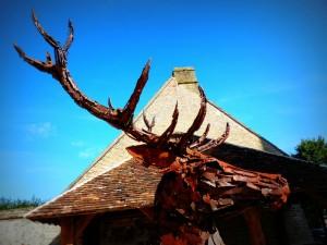 Cerf - Sculpture de Christian Hirlay - Chaumont-sur-Tharonne - Biennale de Sologne 2015 - photo copyright Yseult Carré
